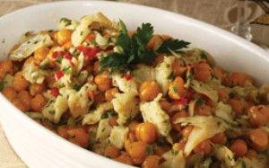 Acompanhamentos para a ceia: farofas, saladas e arroz com lentilha - Guia de Fim de Ano - GNT