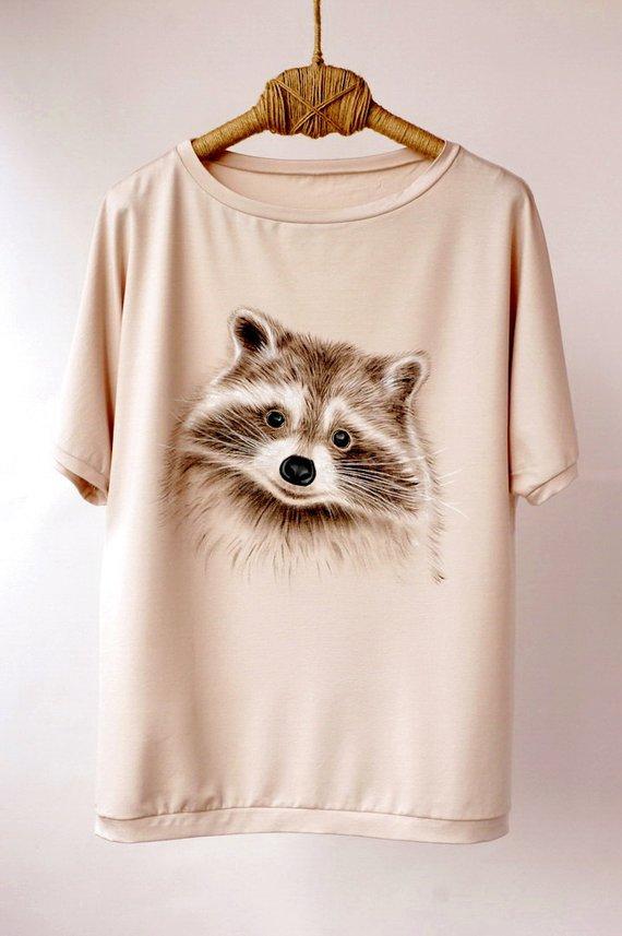 New Summer Women T-shirt Raccoon Love Sketch Print T-shirt Cute Girl Casual Tops Novelty Animal Design Tees Woman Short Sleeve T-shirts
