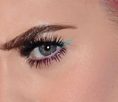 3 Unusual Winged Out Eyeliner Ideas To Steal From The Weekend S Red Carpets Eyeliner Eye Liner Tricks The Beauty Department