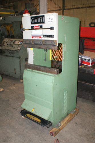 Small Guifil Press brake Tonnage:17 5 Bed Overall Length:24