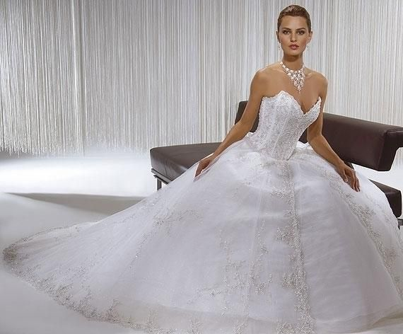 vestidos de 15 de diseñadores famosos - Buscar con Google | vestidos ...