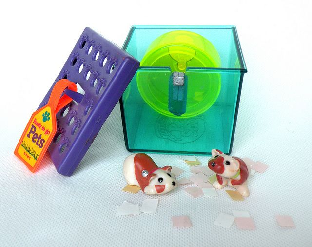 Vintage Littlest Pet Shop Busy Hamster With Confetti 10 00 By