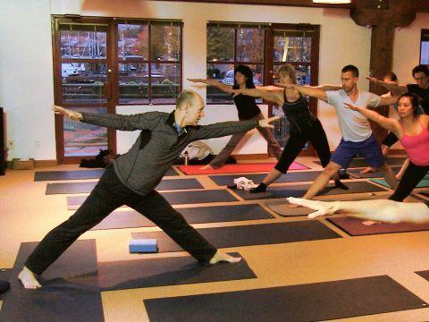 hanumanasana the splits yoga video with bernie clark at