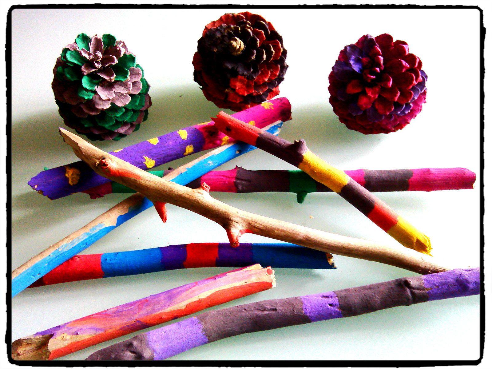 peindre des morceaux de bois et des pommes de pin techniques d 39 arts visuels pour enfants. Black Bedroom Furniture Sets. Home Design Ideas