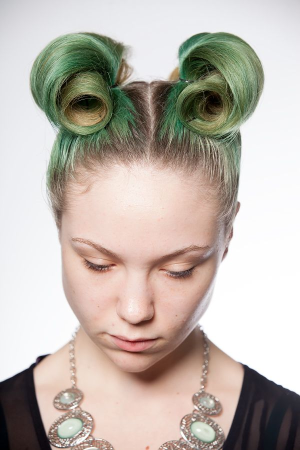 alien hair aliens halloween makeup beauty party costume aveda visit