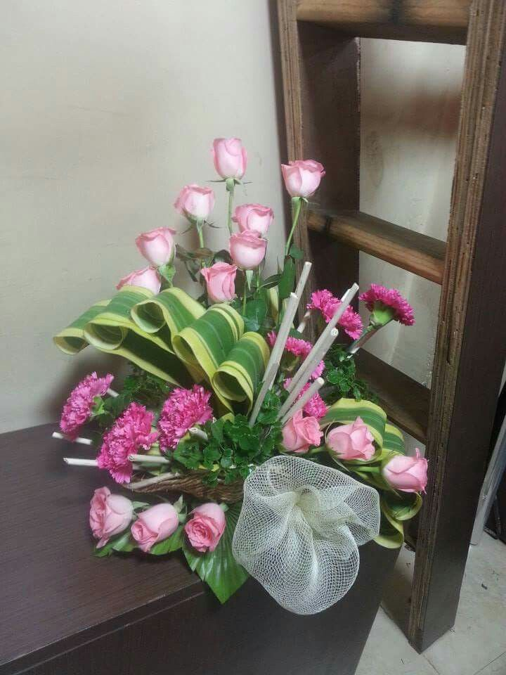 Pin By Siu Ni Chow On Flower Arrangement Ideas Floral Arrangements Flower Creation Flower Designs
