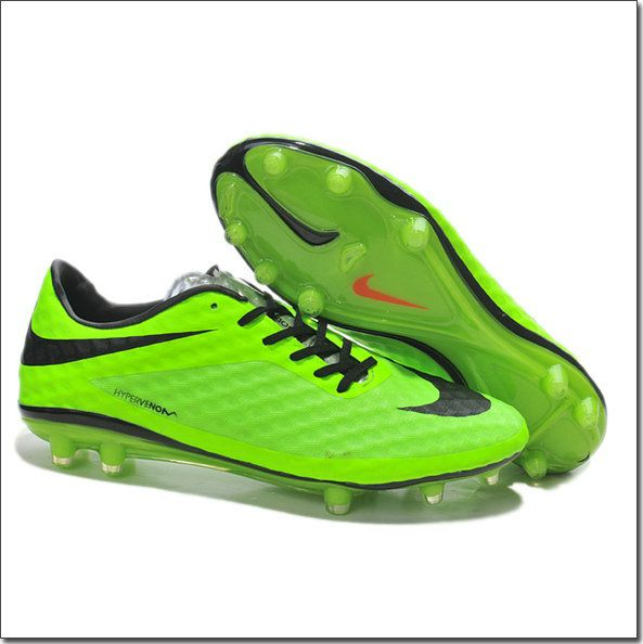 Searching of cheap soccer shoes is not easy task now days but cheap Nike  soccer shoes