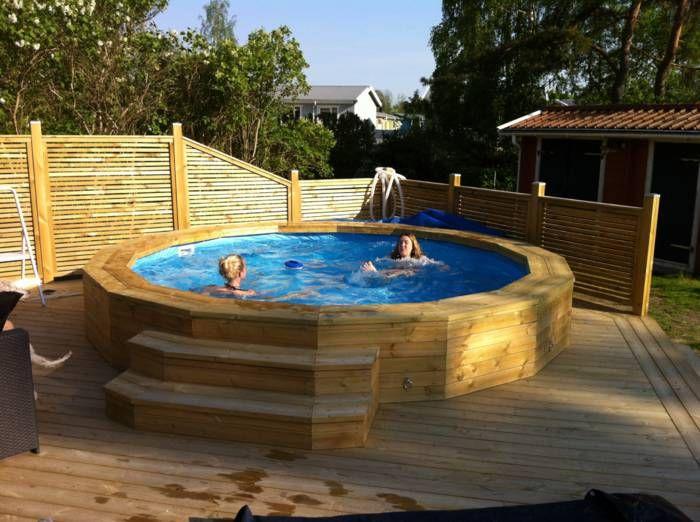 Photo of Jag bygger in poolen i trödäcket. Delvis. Saknar dock idée hur göra väggarn…