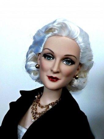 About Carmen: Carmen DellOrefice....such a great sculpt!