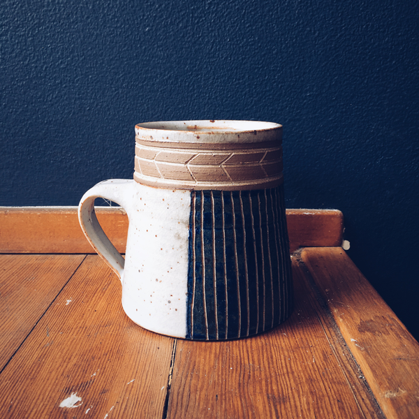 Veak Herring Bone Mug