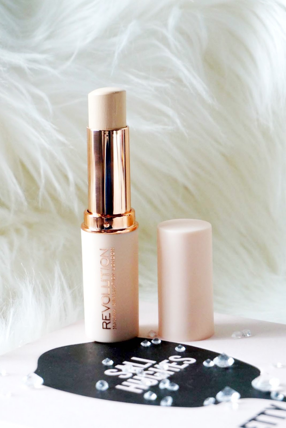 MAKEUP REVOLUTION FAST BASE STICK FOUNDATION REVIEW (With