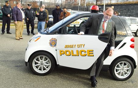 Jcpd Gets A Smart Car Smart Car Police Cars And Cars