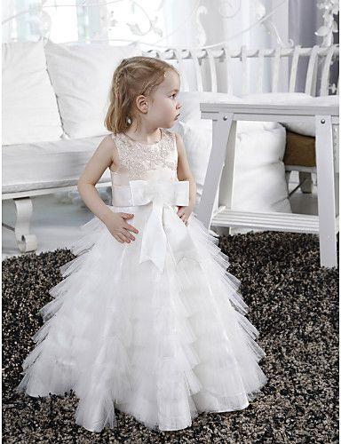 vestido-corto-para-niñas2 | Pajecitos y floristas | Pinterest ...