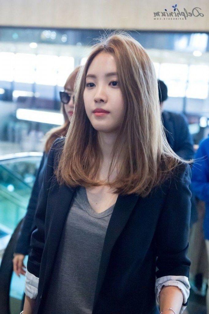 28 Top Korean Medium Hairstyle Female 2019 Gaya Rambut Pendek Gaya Rambut Sedang Gaya Rambut Panjang