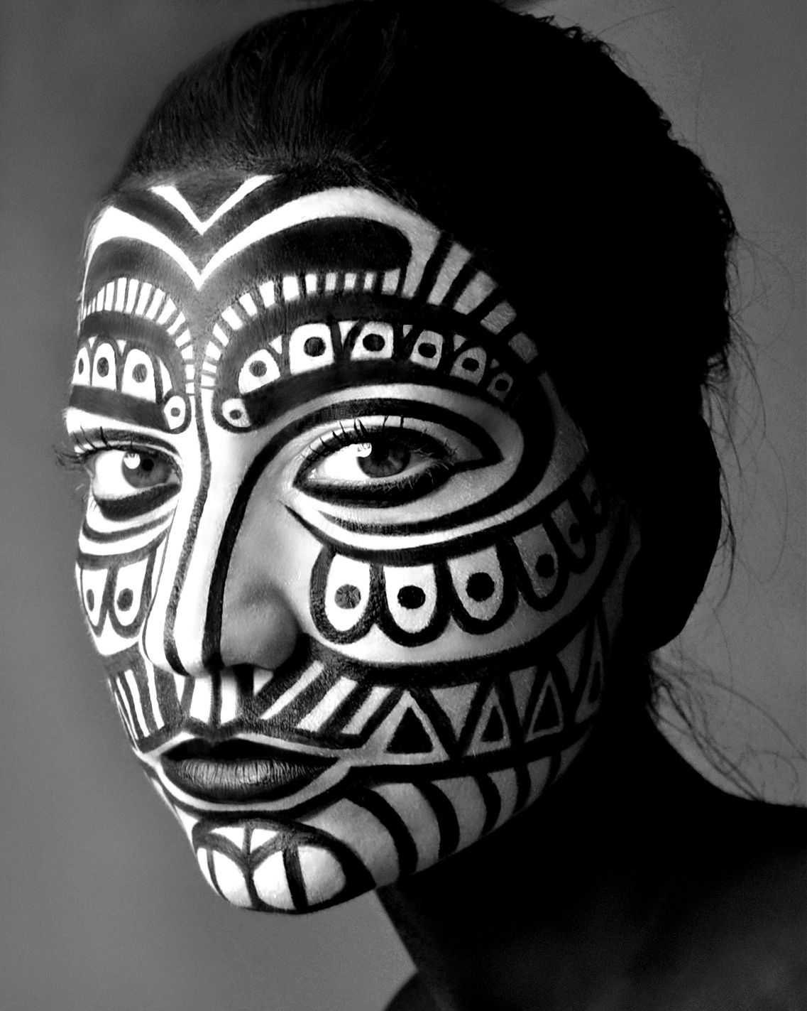TRIBAL MAKEUP Black and White Maquillaje tribal