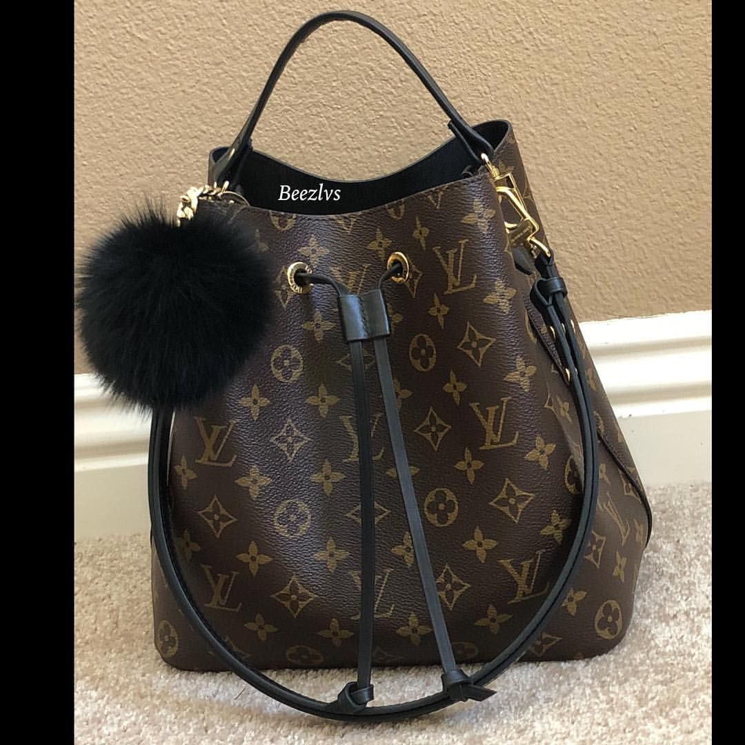 a28ef51ba9c2 Pin by Briana Williams on Handbags   Accessories in 2019