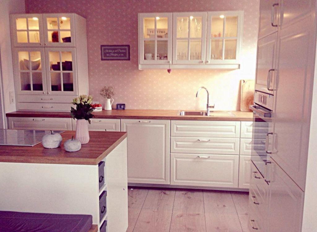 kueche-mit-tapete-ideen | wohnen | Pinterest | Küche, Küchen ideen ...