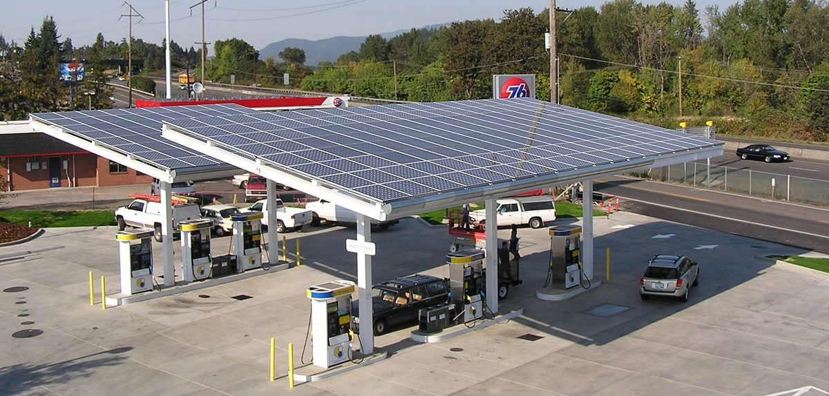Oil Company Announces Installation Of Solar Panels At 5000 Gas Stations First Step To Convert Them Into Ev Chargin Solar Solar Panels For Home Solar Panel Cost