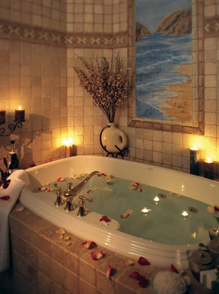 Romantic Bedroom At Night: The Best Hotel Bathroom Amenities For Fall In New England