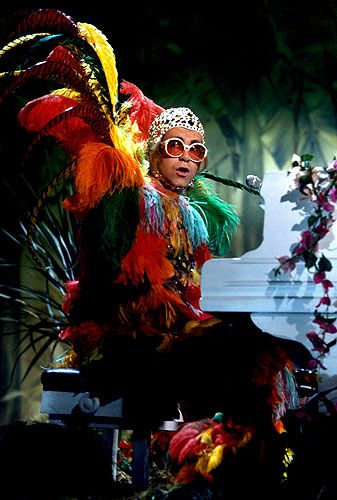 Photos Elton John\u0027s Outfits Through the Years Pictures , 1977