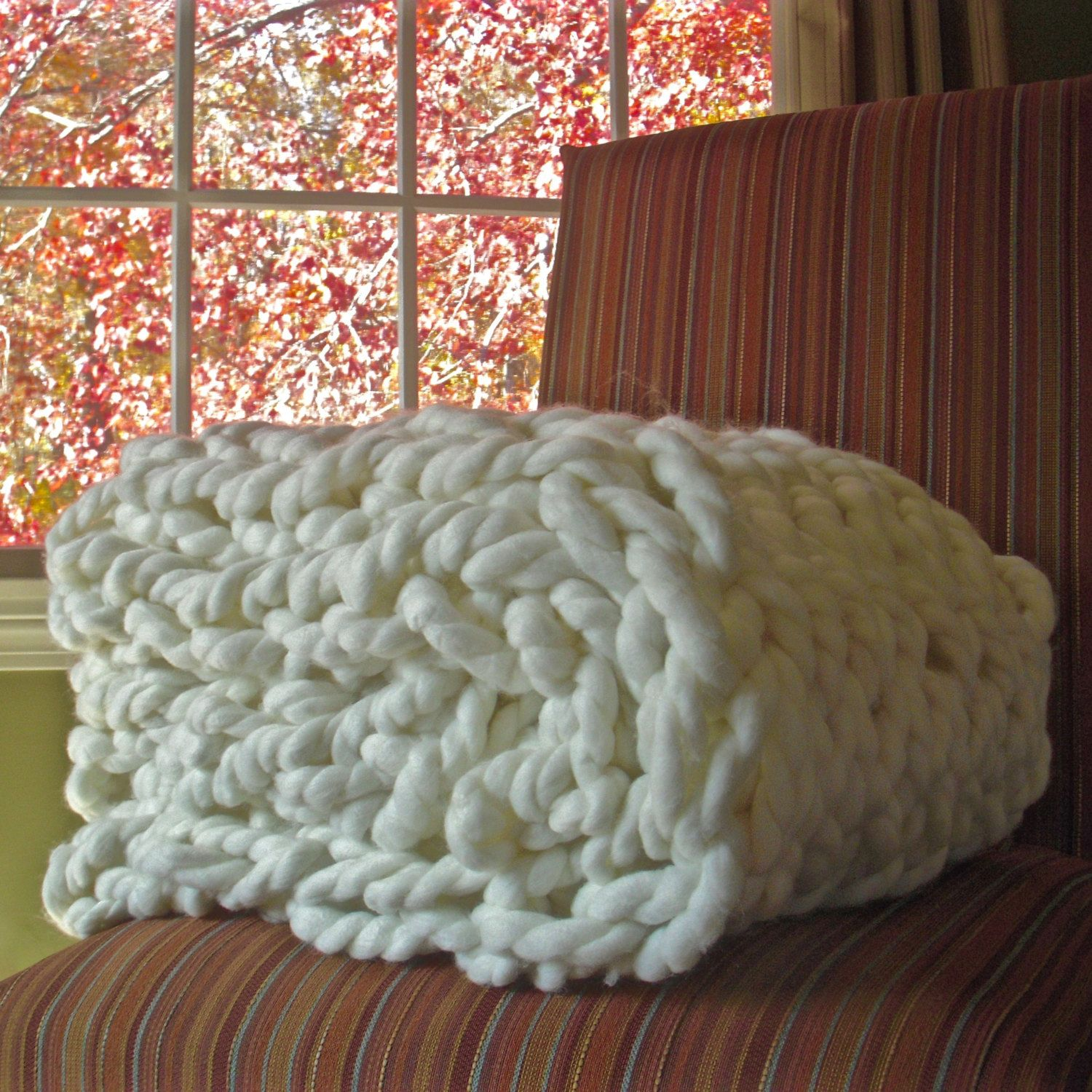 Chunky Knit Throw - fits end of a king size bed - Chunky ...