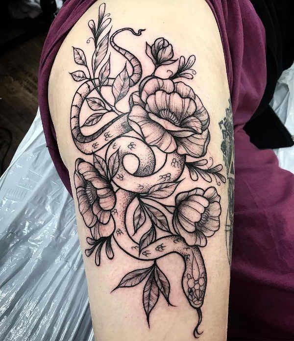 Tatuaggi Femminili sulla Coscia: 150 immagini a cui ispirarsi
