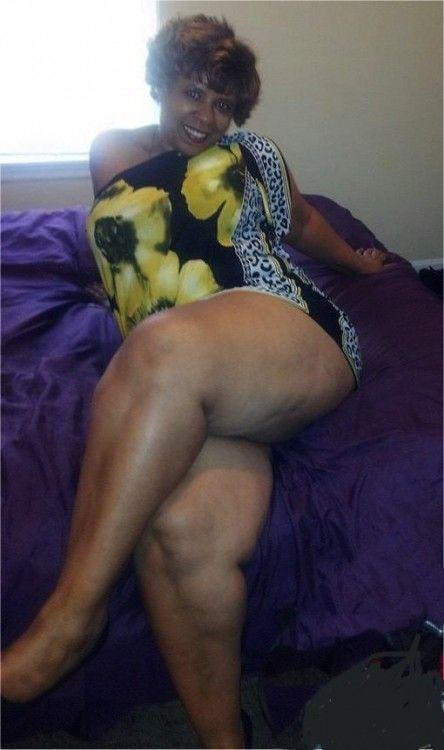 Fat bbw single mum terri rubbing her clit tits out 4