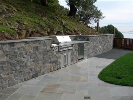 bluestone retaining walls after manufactured stone veneer