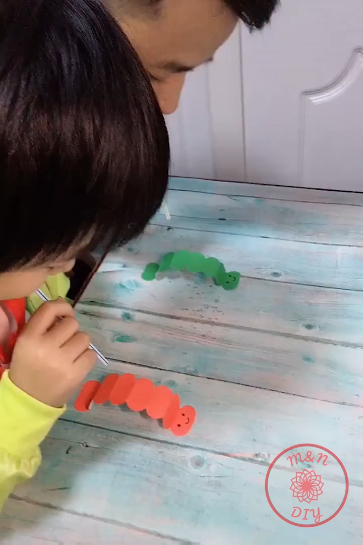 Making simple toys that every child likes