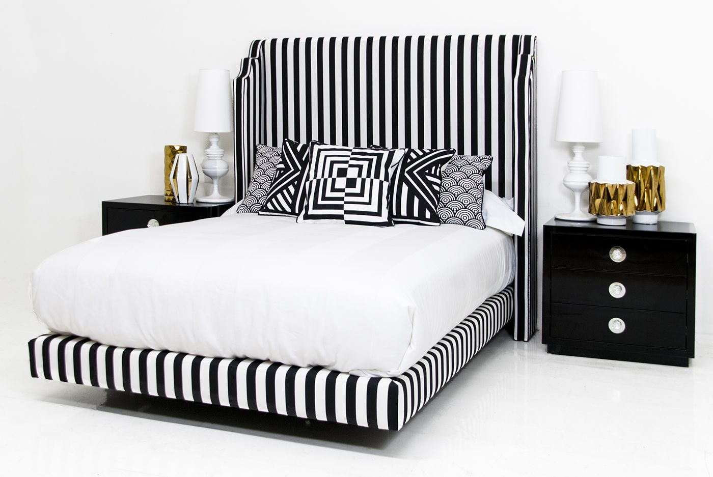 Best Tiffany Bed In Black And White Stripe Linen Modern Beds 400 x 300