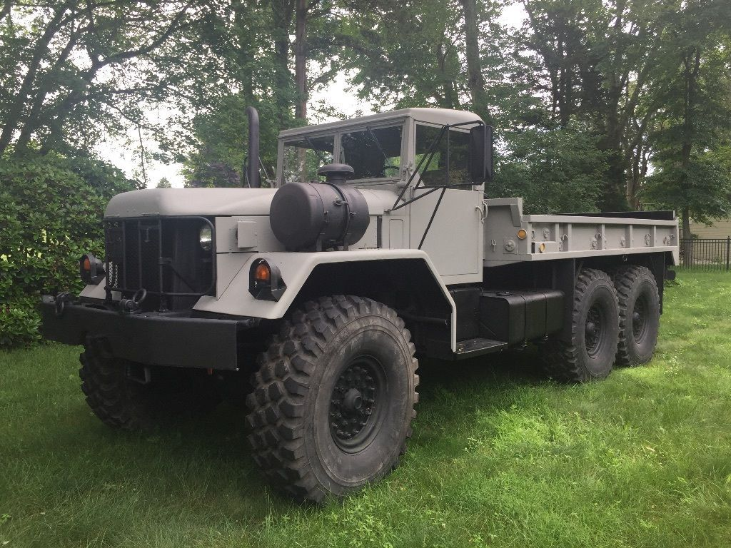 New paint 1970 Kaiser Jeep M813 | military vehicles | Pinterest ...