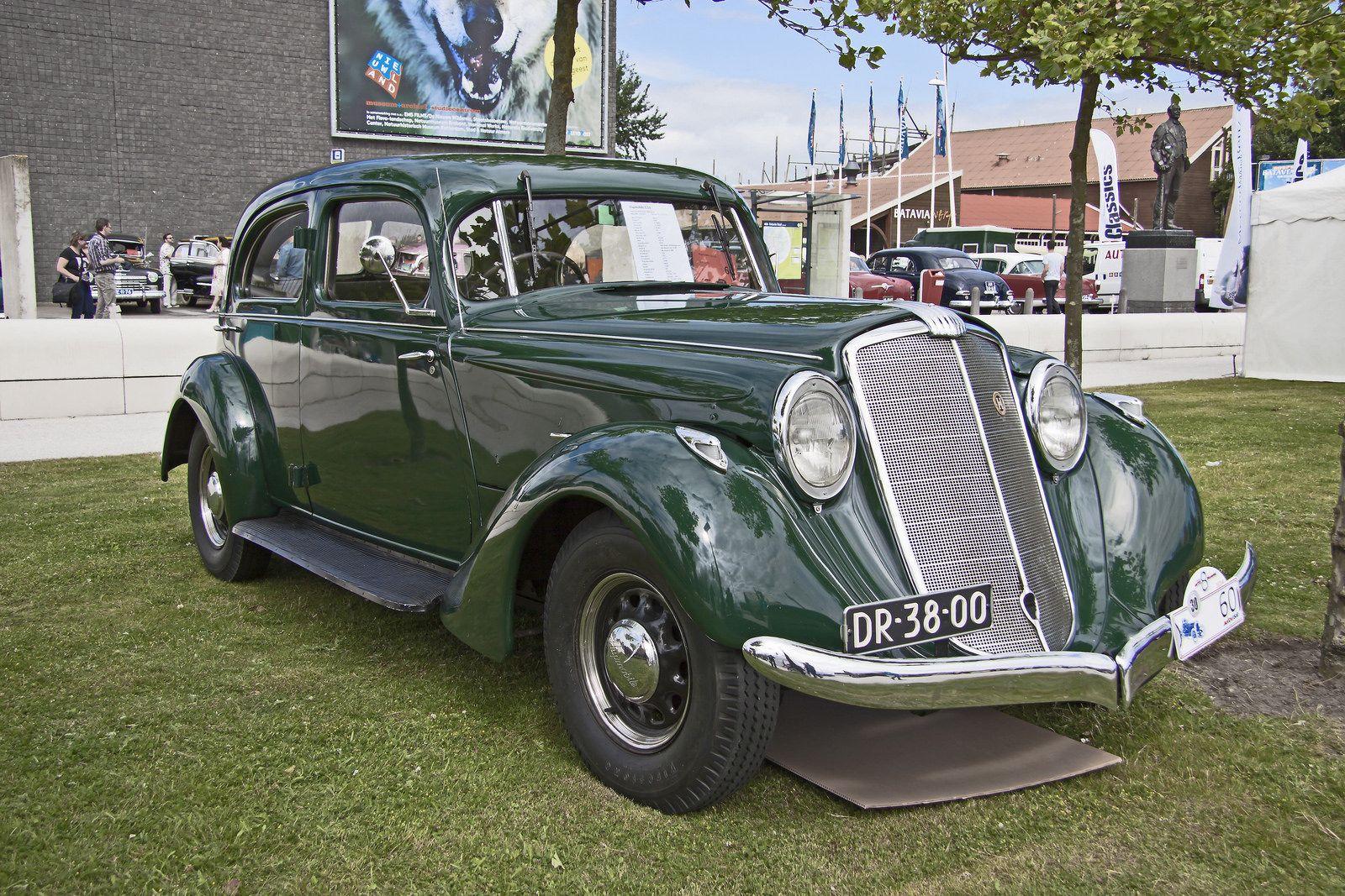 Hupmobile Model T Type J Touring Sedan Sedans