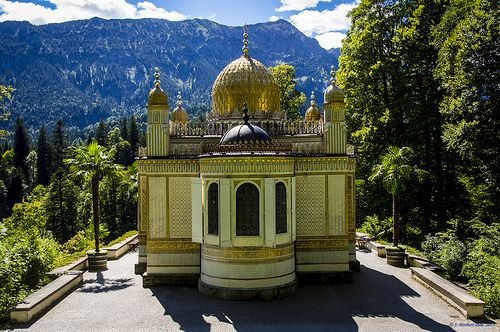 Schlosspark Linderhof Maurisches Kiosk Places To Go Germany Places To Visit