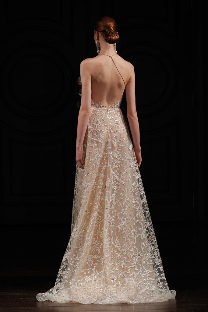 Naeem Khan just sent his spring 2017 bridal collection down the runway and, goodness, it's gorgeous. Click to see all the full-length pictures, plus pictures of the backs of the dresses and detail shots of sleeves, veils, and more.