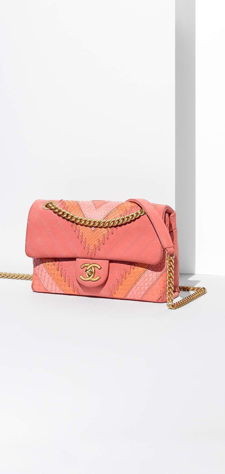 0748887bc44ba1 Pour plus de sacs à main Chanel d'occasion, direction dariluxe.fr !  Livraison offerte en UE !