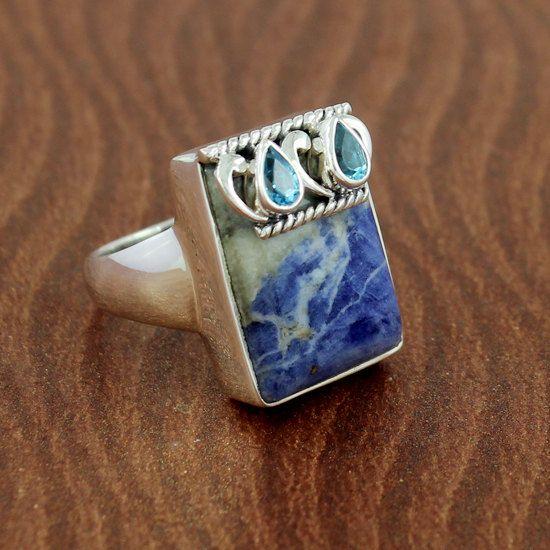 Hey, I found this really awesome Etsy listing at https://www.etsy.com/listing/215709070/blue-sodalite-blue-topaz-gemstone-925