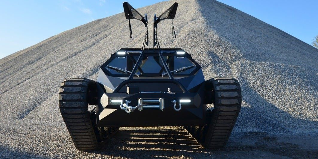 Kanye West Drives This 500 000 High Performance Tank Around His Wyoming Ranch Take A Closer Look At The Ripsaw Ev2 In 2020 Offroad Vehicles Vehicles Offroad