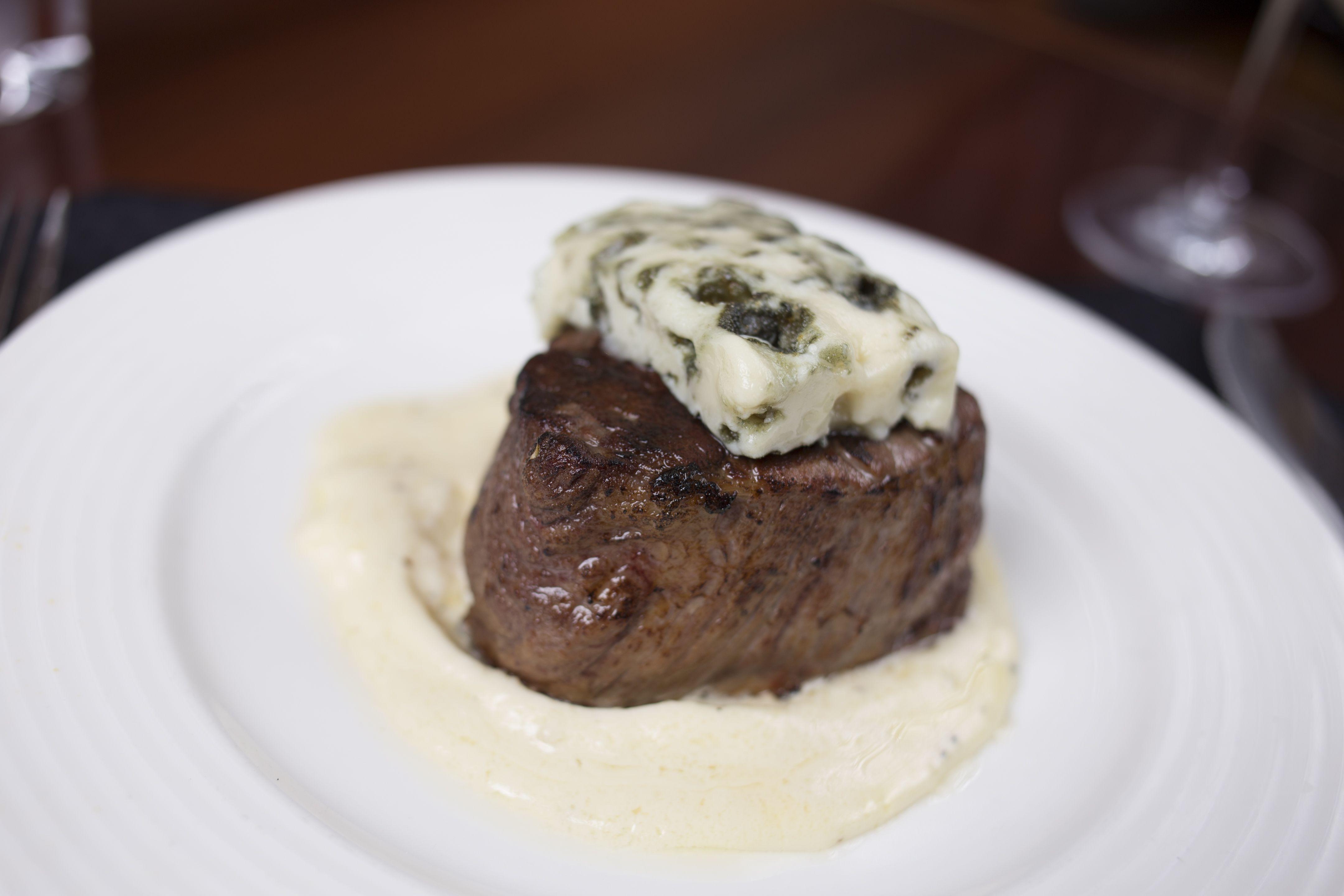 Kirby S Roquefort Blue Ribbon Filet Dinnerplans Dinnerideas Mealprep Steaks Cookout Eat Food Foodies Food Foodie Eat