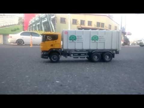 Bruder Scania Garbage Truck for childrens