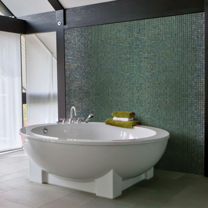 Mosaique salle de bain en émaux de verre Ezarri Green Pearl vert ...