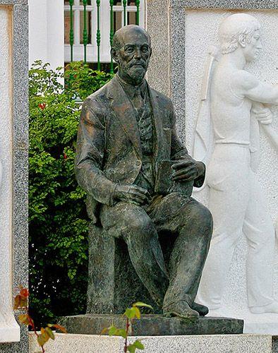 Juan Ramón Jiménez, monumento en la Plaza del Cabildo.