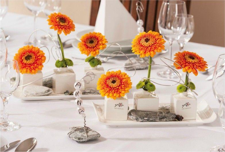 dressage de table d coration de table mariage orange d coration de table mariage mariages. Black Bedroom Furniture Sets. Home Design Ideas