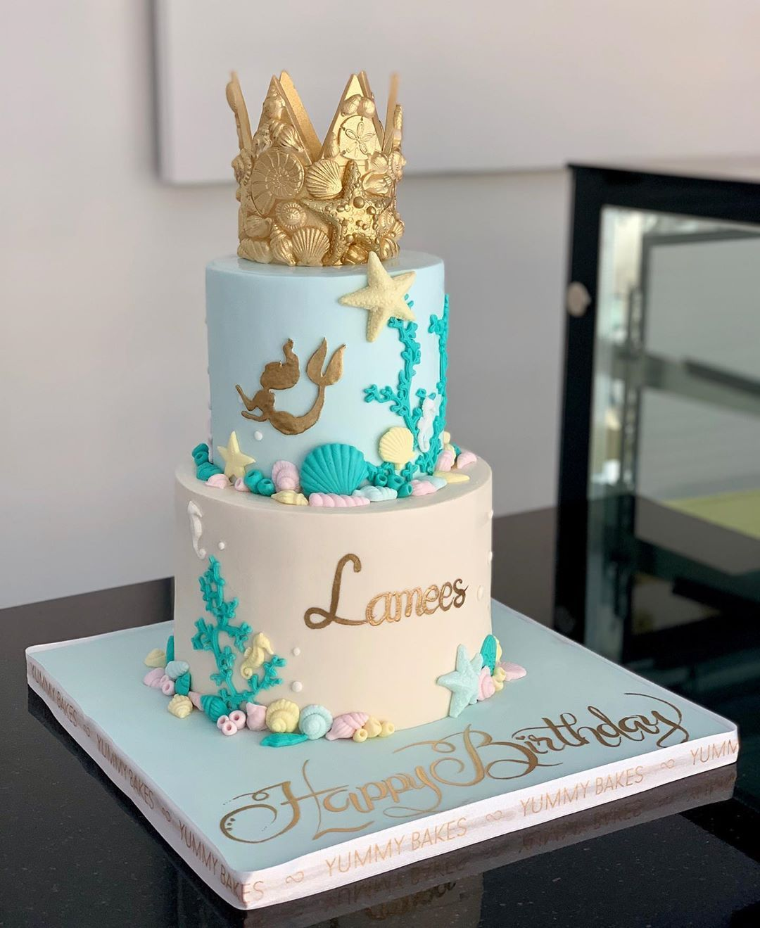 كيك عيد ميلاد للبنات كيكه حورية البحر الامارات Dumbo Birthday Cake In Abu Dhabi Uae Customized Kids Birthday Cake In Abu Dhabi Cake Kids Party Desserts