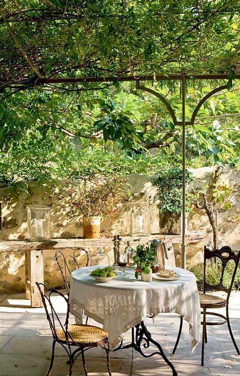 Green Serenity home and decor in 2018 Pinterest Garden, Patio