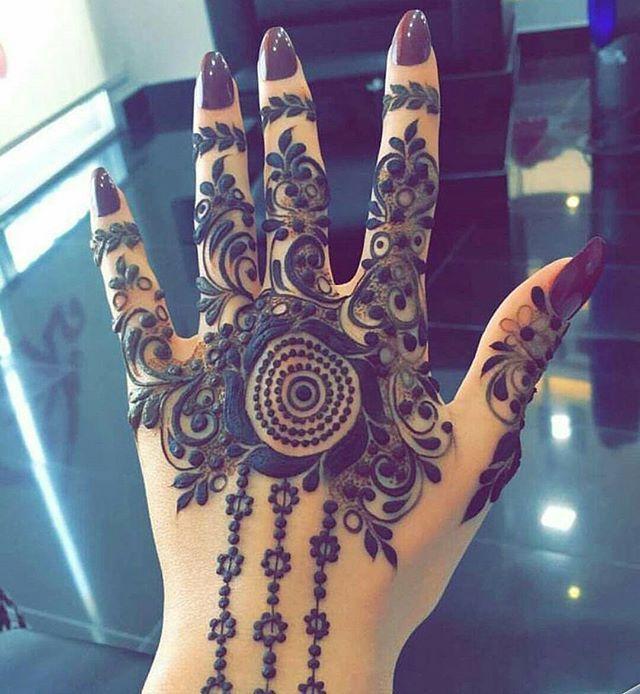 Instagram Photo By حناء Apr 29 2016 At 7 36pm Utc Henna Hand Tattoo Hand Henna Henna