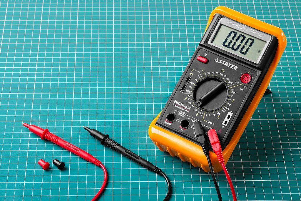 Как пользоваться мультиметром. Что такое мультиметр ...