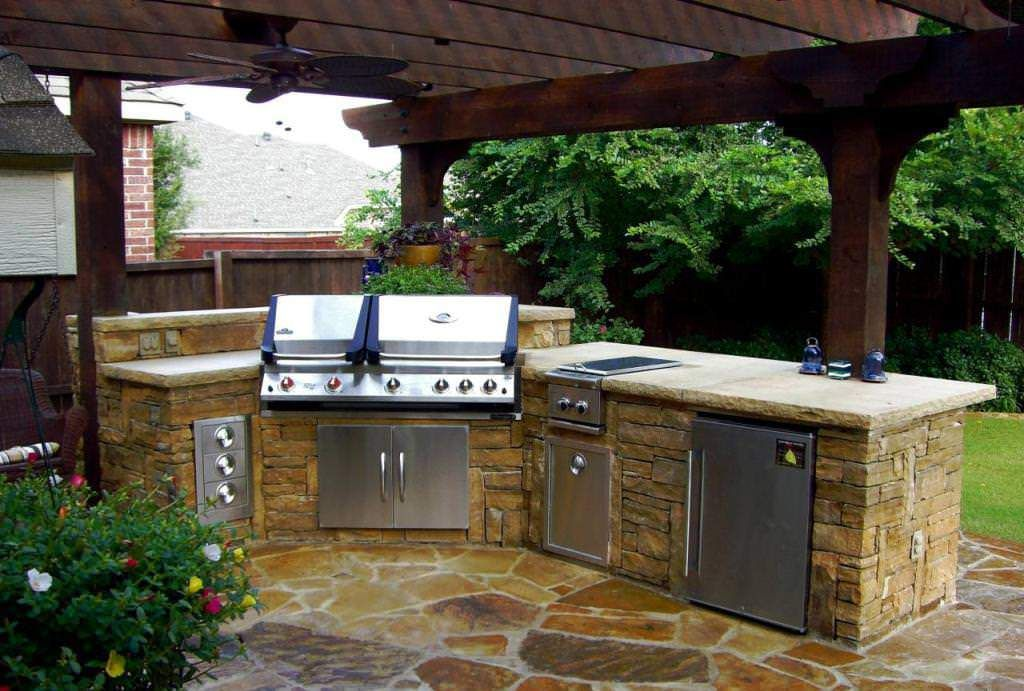 Choosing Small Galley Kitchen Ideas Kitchen Kb Outdoor Living Prefab Outdoor Kitchen Cabinets Prefab Outd Outdoor Kitchen Kits Backyard Kitchen Outdoor Kitchen