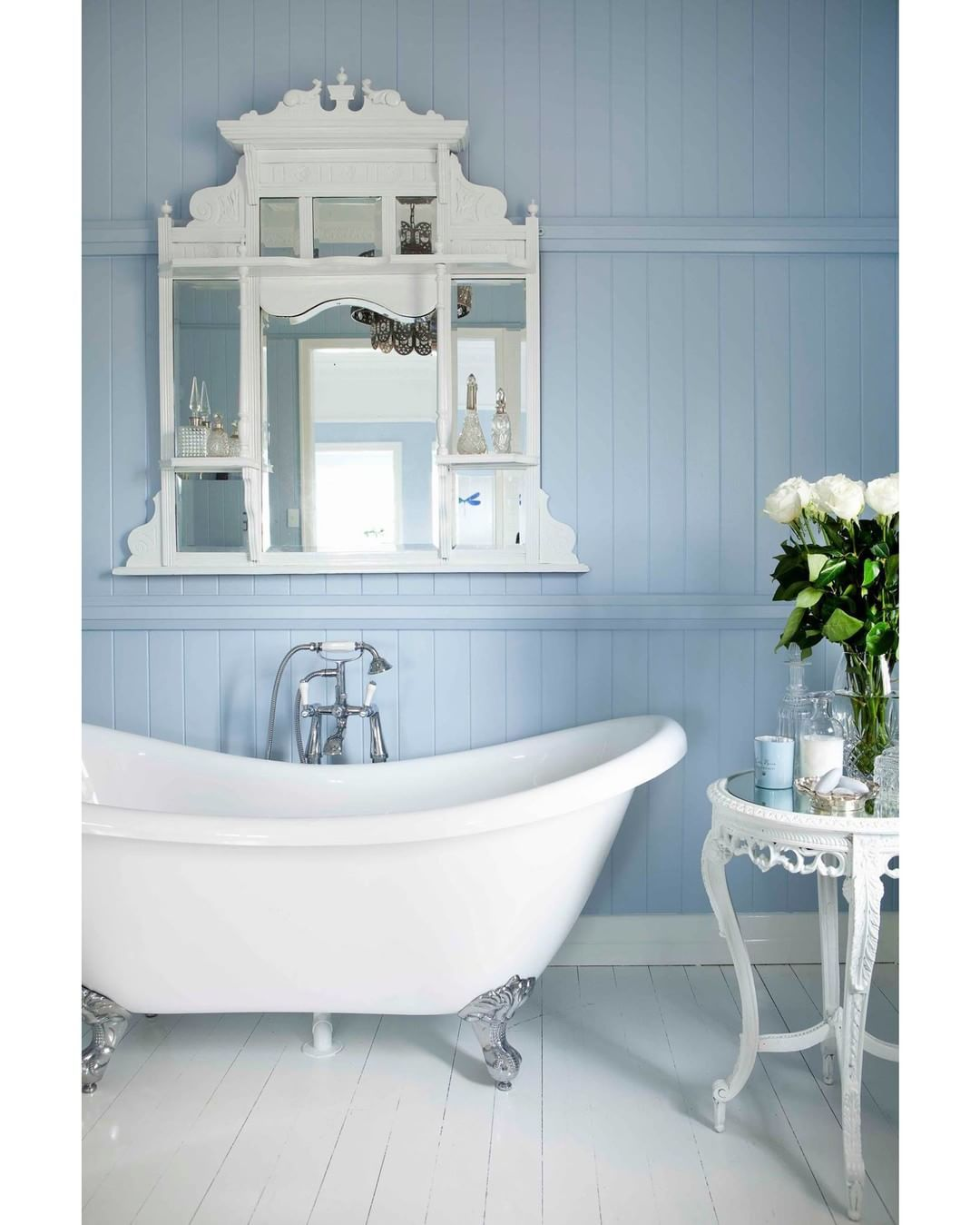 Pretty blue bathroom @ homebeautiful | BLUEBIRD COTTAGE | Pinterest ...