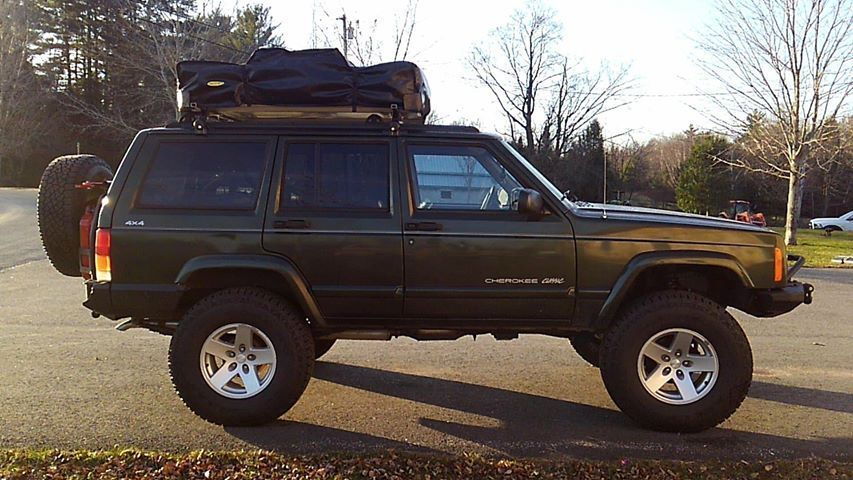 Car for Sale 1998 Jeep Cherokee SPORT