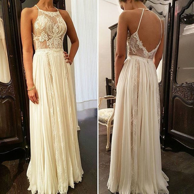 The last fitting...@GALIKARTEN Bridal Couture TLV ISREAL ❤   #BRIDALDRESS #WEDDINGGOWN #BRIDALSTYLE #CHIC #BRIDAL